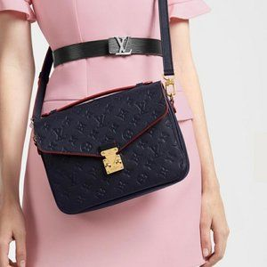 Louis Vuitton Metis Pochette auth leath
